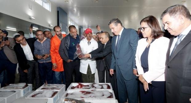 أخنوش يفتتح سوق السمك بالجملة بإنزكان