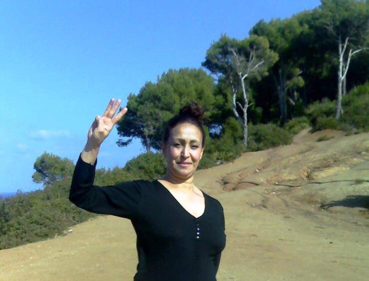 صورة مليكة مزان الناشطة الأمازيغية المثيرة للجدل: هؤلاء يخفون نسائهم عني خوفا من الدعارة