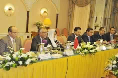 صورة أدوار مستشاري الملك .. تجسيد لإرادة القصر وحكومة الظل