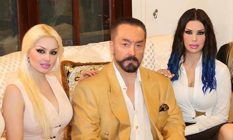 """صورة اغتصاب قاصرات وعمليات قسرية لتجميل """"قطط أوكتار"""".. تفاصيل مثيرة في قضية الداعية التركي !"""