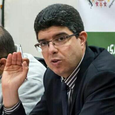صورة المحامي الذي فشل في الترافع سياسيا ضد التجمع الوطني للأحرار