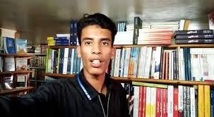 صورة شيبوب ممثل مدينة أكادير يفوز بالمسابقة الوطنية للقراءة