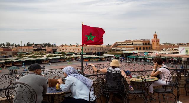 صورة أزمة : شركات تُسرح عمالها وفنادق تسكنها الأشباح ..كورونا يشل الإقتصاد المغربي