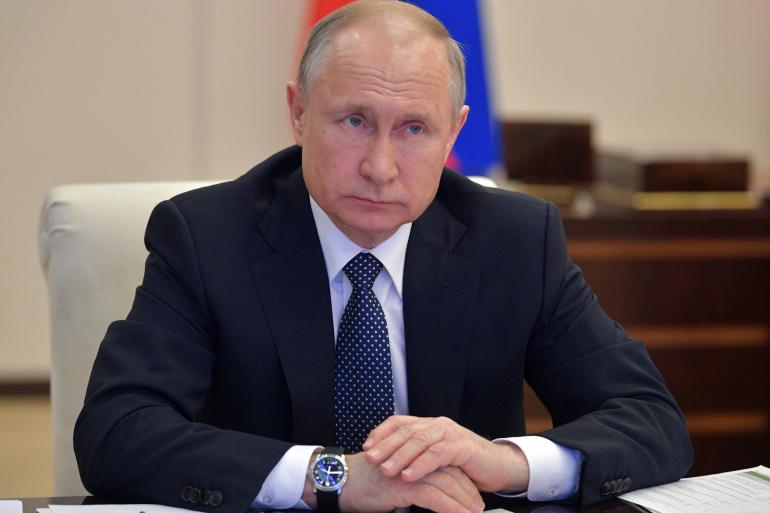 صورة الرئيس الروسي يعلن عن تسجيل أول لقاح ضد كورونا في العالم