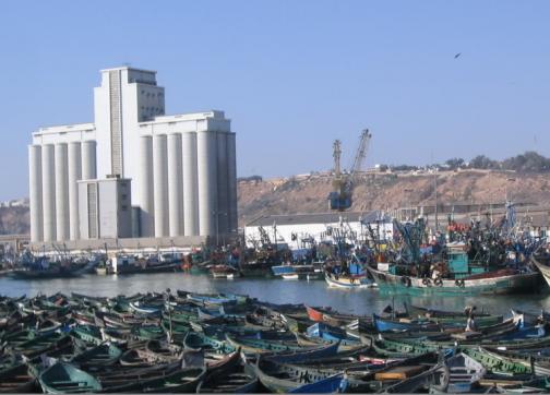 صورة السلطة تجتمع بالمهنيين للحد من سرقة القوارب بميناء أسفي