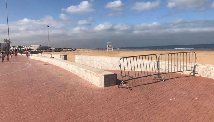 صورة سلطات أكادير تستعد لإغلاق شواطئ المدينة ومنع مباريات كرة القدم بالمقاهي