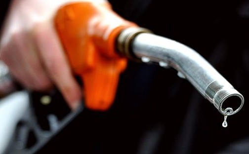 صورة البنزين المغشوش يفتك بسيارات المغاربة .. وهذا موقف الحكومة