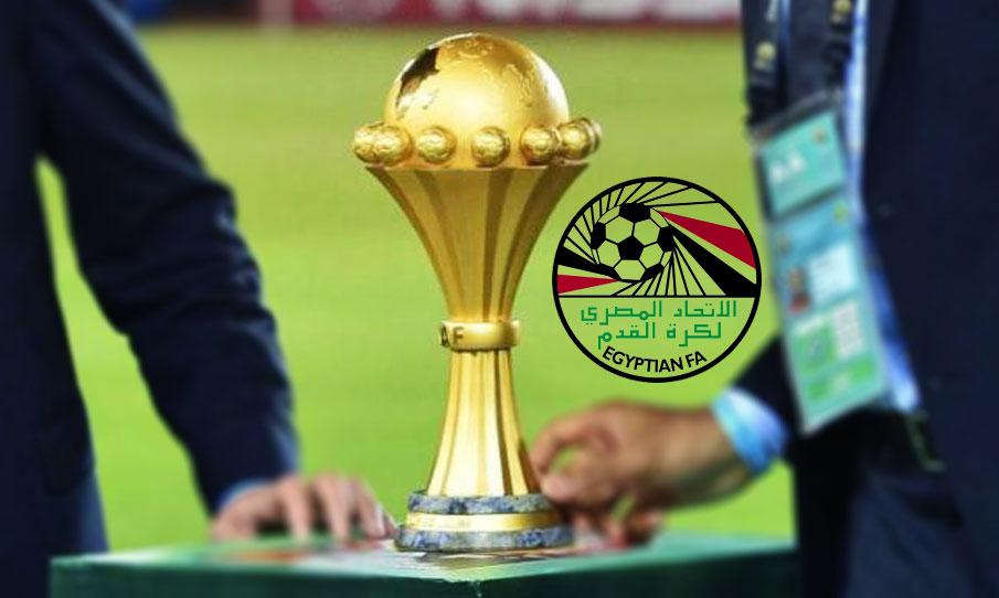 صورة فضيحة .. سرقة كأس أمم أفريقيا من مقر جامعة الكرة المصرية