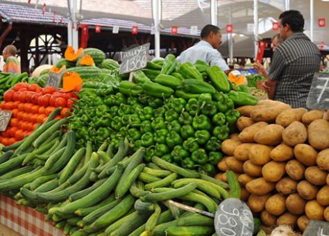 صورة ساكنة أكادير تشتكي من لهيب أسعار الخضروات الأساسية