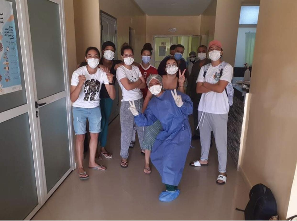صورة خنيفرة .. شفاء لاعبات الآفاق الرياضي النسوي من فيروس كورونا