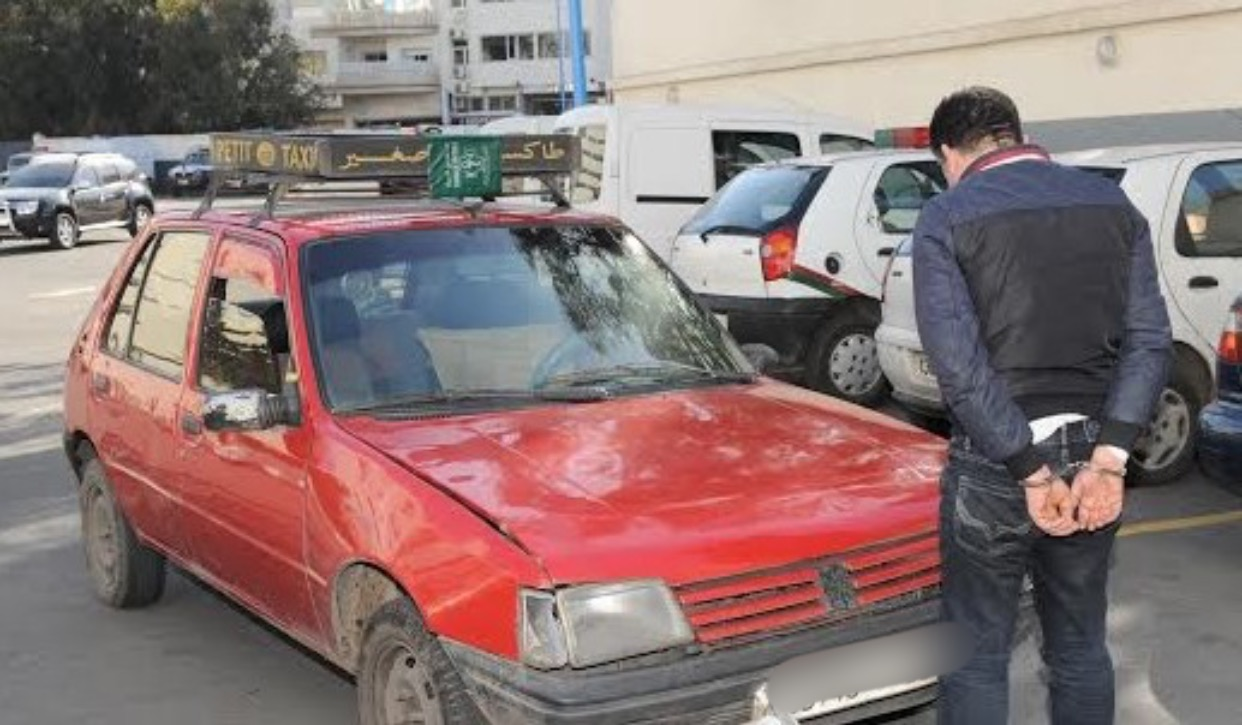 صورة أكادير | كمين يطيح بسائق طاكسي متلبس بترويج الخمور