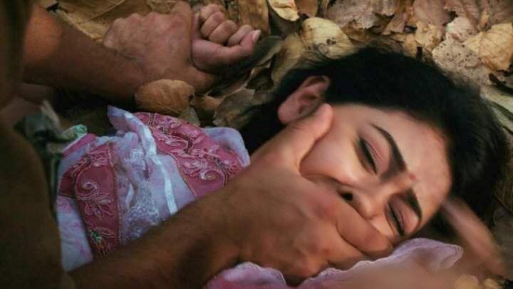 صورة اعتقال طالب احتجز واغتصب وصور فتيات في أوضاع إباحية