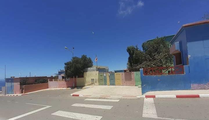 """صورة أكادير .. كورونا تغلق مدرسة """"عبد الرحيم بوعبيد"""" بحي تدارت أنزا"""