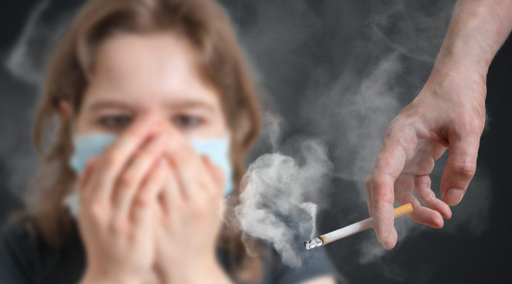 صورة الحكومة ترفض منع التدخين في الأماكن العمومية