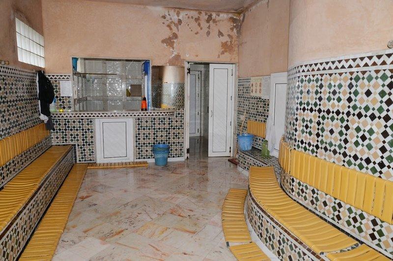 صورة أكادير | استمرار إغلاق الحمامات رغم تحسن الوضعية الوبائية