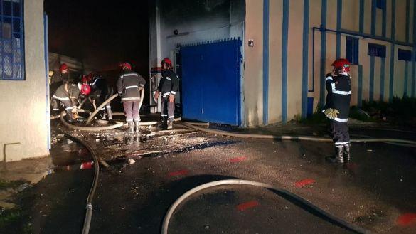 صورة انفجار قنينات غاز يخلف دمارا بمصنع للنسيج بطنجة