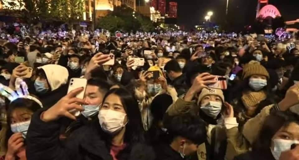 صورة هكذااحتفل الصينيون بالسنة الجديدة في ووهان بؤرة تفشي كورونا؟