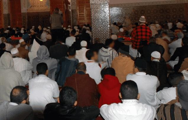 صورة عكس مايروج .. هذا موقف وزارة الاوقاف من إقامة صلاة التراويح في شهر رمضان