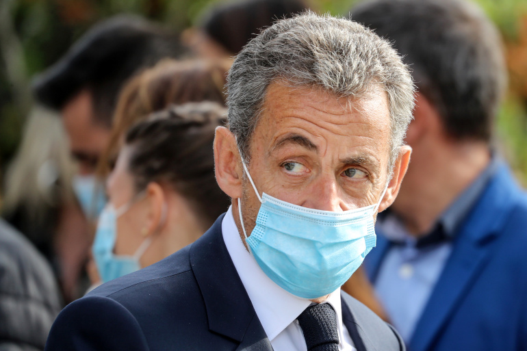 """صورة السجن النافذ لـ""""ساركوزي"""" بتهمة استغلال النفوذ"""