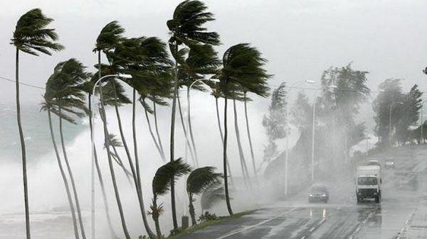 صورة الأرصاد تُحذر سكان هذه الأقاليم .. عواصف رعدية وأمطار قوية من الجمعة إلى الأحد