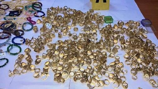 صورة توقيف سارق محل لبيع المجوهرات بطنجة