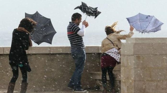 صورة أمطار رعدية ورياح قوية يومي الأربعاء والخميس بعدد من أقاليم المملكة