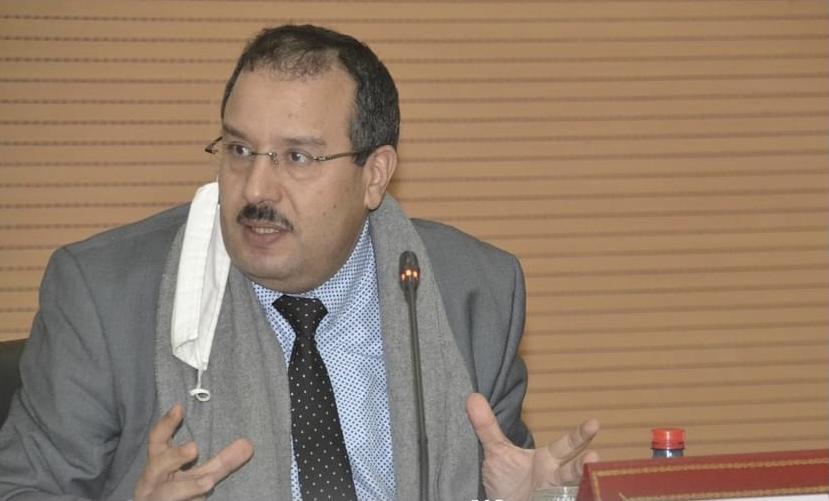 صورة رئيس جماعة إنزكان : الكراسي والمناصب لا تغير منتخبي العدالة والتنمية