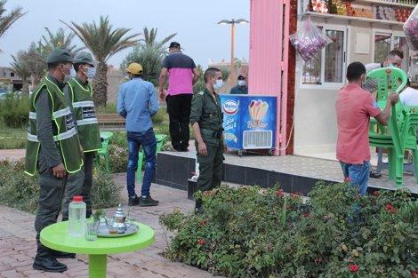 """صورة بعد ظهور 10 إصابات بالسلالة المتحورة .. تدابير صارمة لمحاصرة """"كورونا"""" في إقليم تنغير"""