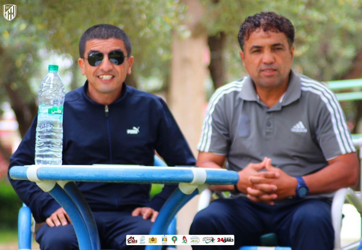 صورة رسمياً.. المولودية يجدد عقد مدرب الفريق عبد الله حمودا
