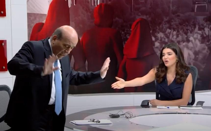 """صورة وصف دول الخليج بـ""""أهل البدو"""".. وزير خارجية لبنان يعتذر ويستقيل من منصبه"""