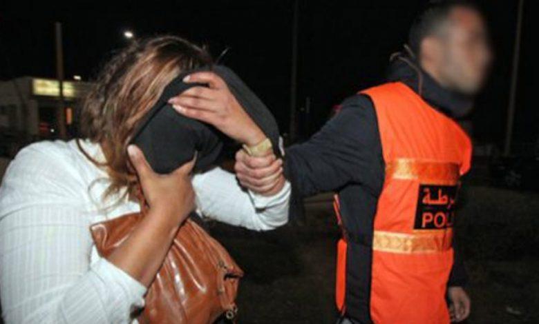 صورة أيت ملول .. اعتقال الأم التي تخلت عن رضيعها بالشارع العام