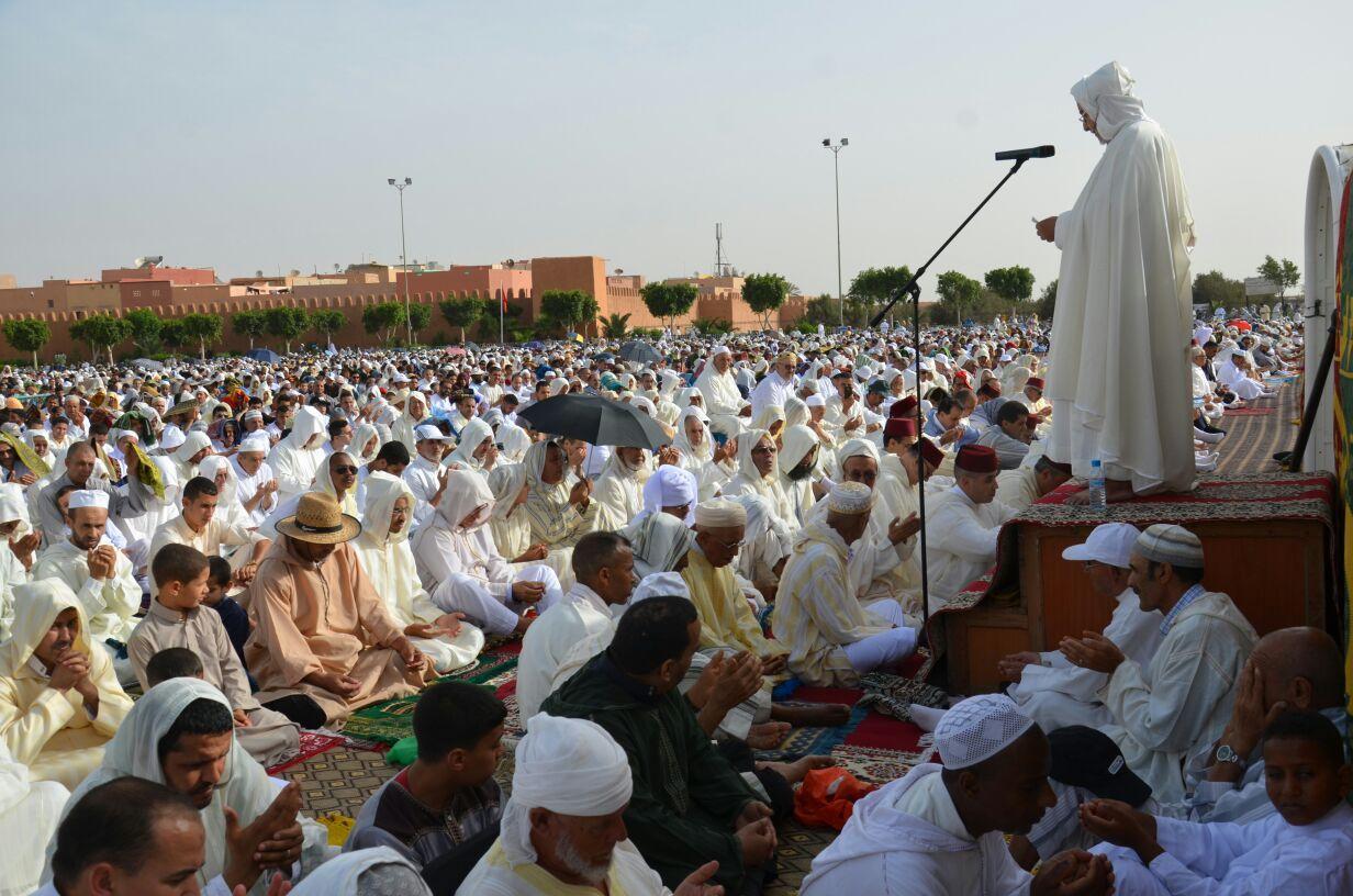 صورة رسميا | منع صلاة العيد في المساجد والمصليات