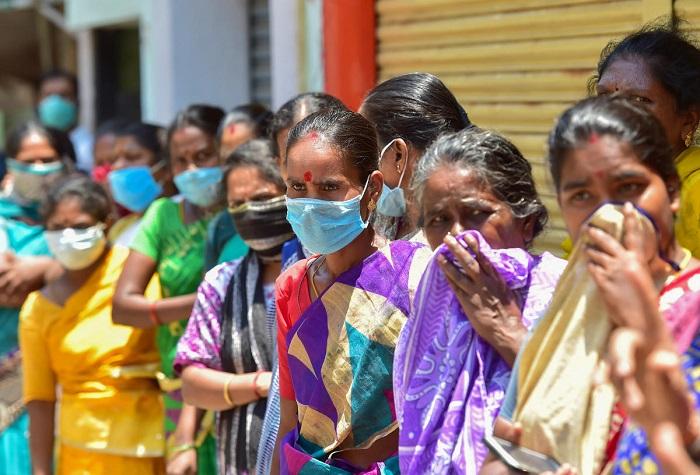 """صورة كارثة جديدة تضرب الهند .. """"عفن أسود"""" يقتل الناجين من كورونا"""