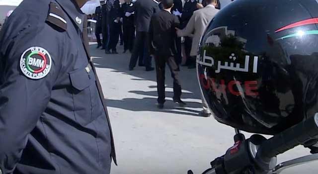 """صورة """"تسمسير"""" فمواعيد """"ليكارط ناسيونال""""  يجر شرطي للإعتقال ببوكرى"""