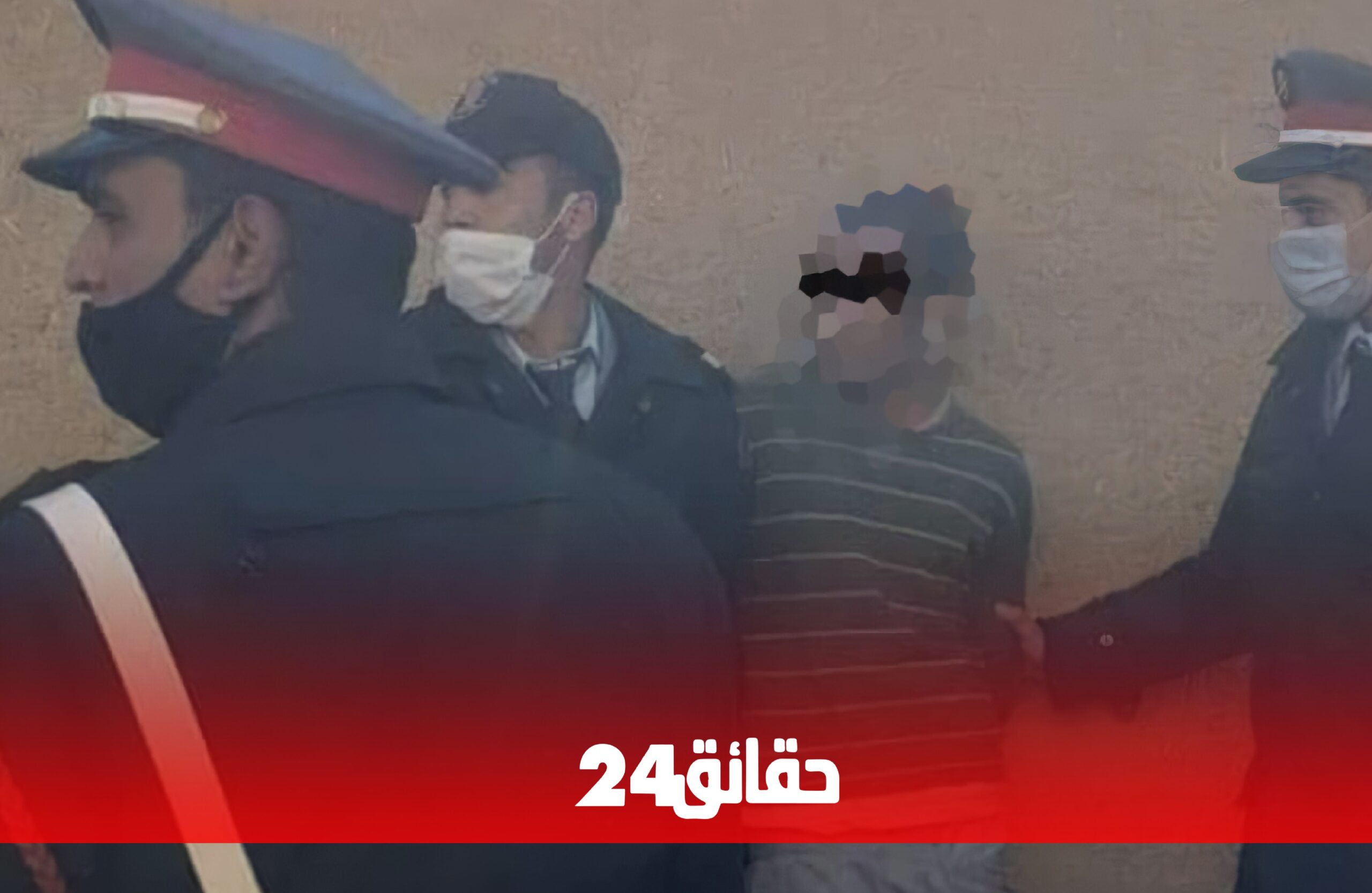 صورة ذبح حمار يوم العيد .. مختل عقليا يذبح مؤذن مسجد بإفني