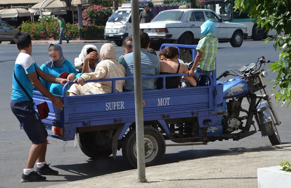 """صورة رسميا .. منع ركوب الأشخاص على متن """" التريبورتورات"""""""