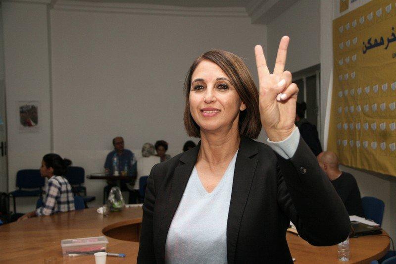 """صورة نبيلة منيب تفجرها في وجه عضو المكتب السياسي """" غاي نخلي دار بوك البليد"""""""