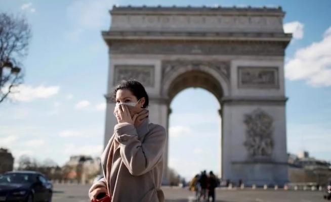 صورة فرنسا تلغي إجبارية الكمامة وتنهي حظر التجوال