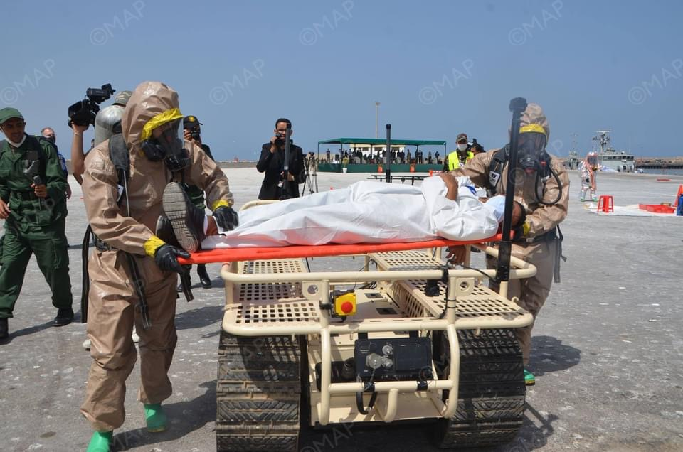 """صورة """"الأسد الإفريقي 2021 """" .. عملية تطهير بالميناء العسكري لأكادير"""