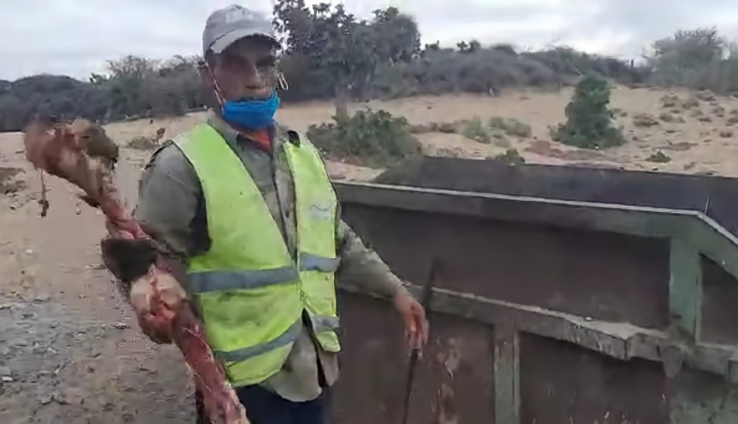 صورة المالوكي يوقف عامل النظافة الذي وجد عظام الحمير بحاوية الأزبال بأكادير