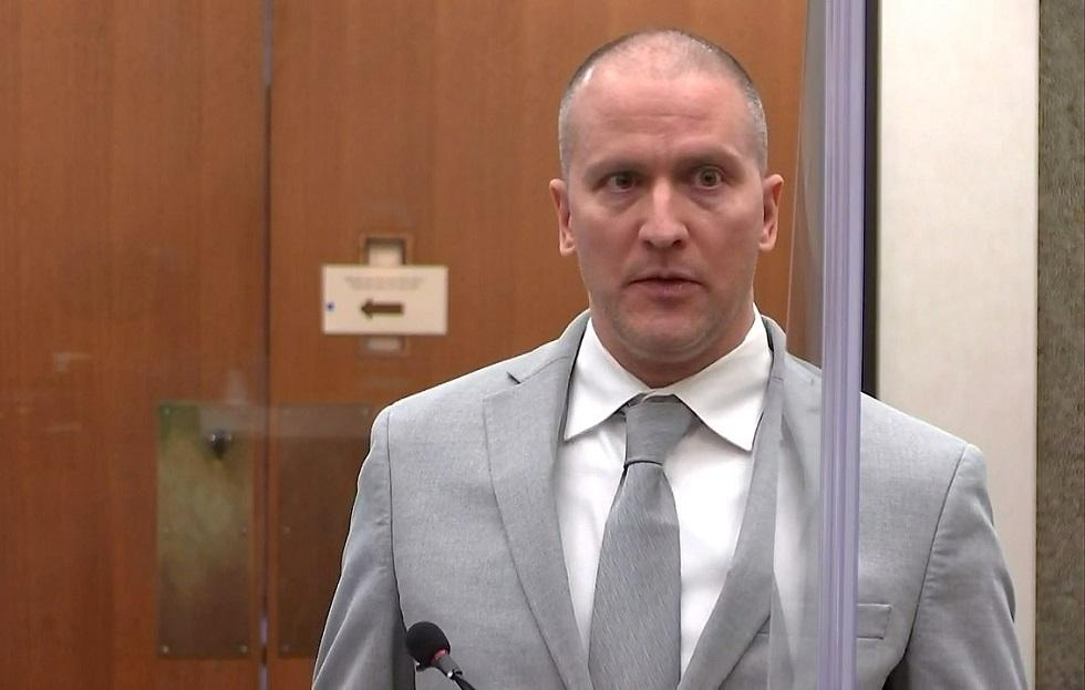 صورة السجن 22 عاما ونصف للشرطي قاتل جورج فلويد