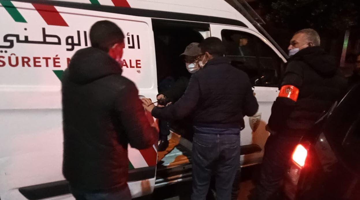 صورة توقيف بائع خمور سامة تسبب في مقتل 6 أشخاص