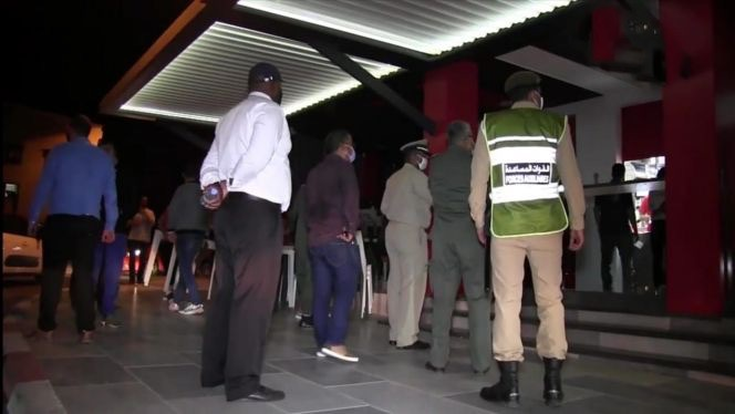 صورة سلطات أكادير تغلق عددا من المطاعم لإخلالها بالإجراءات الوقائية