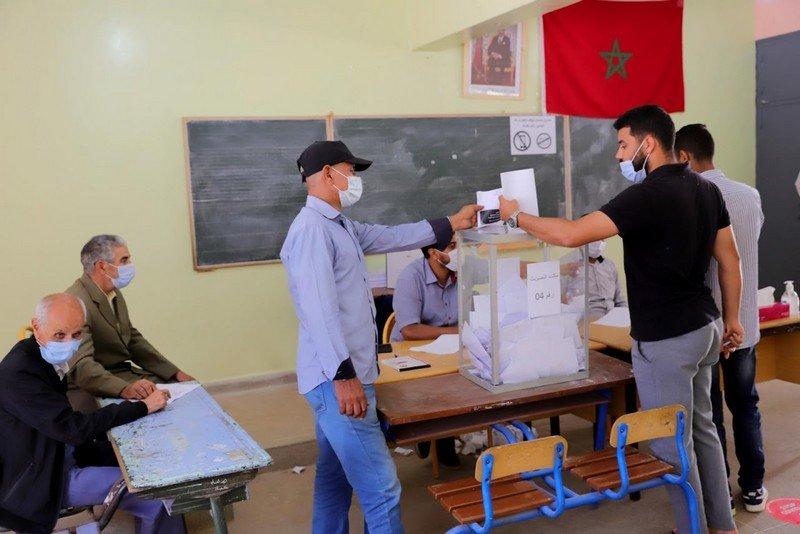 صورة حزب الحمامة يتصدر انتخابات الغرف المهنية