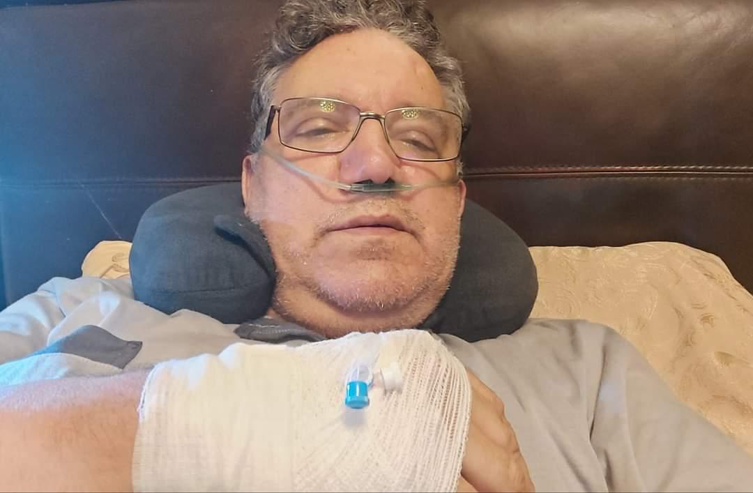 """صورة الفنان الحاج يونس بعد إصابته بكورونا : """"أنا في صراع شرس ضد الكوفيد و اللي جات من عند الله مرحبا بها"""""""