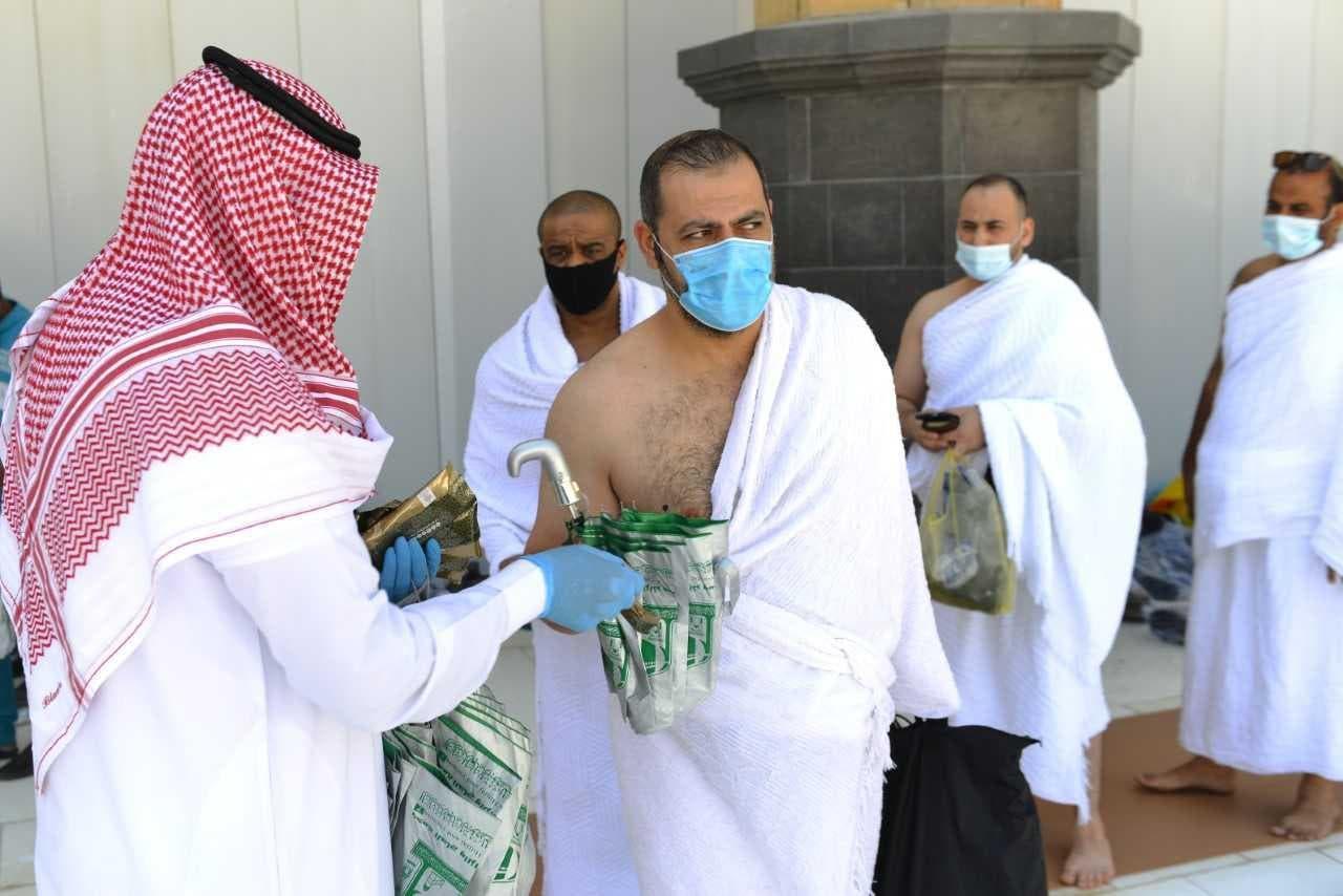 صورة السعودية تستأنف العمرة للمعتمرين من الخارج !