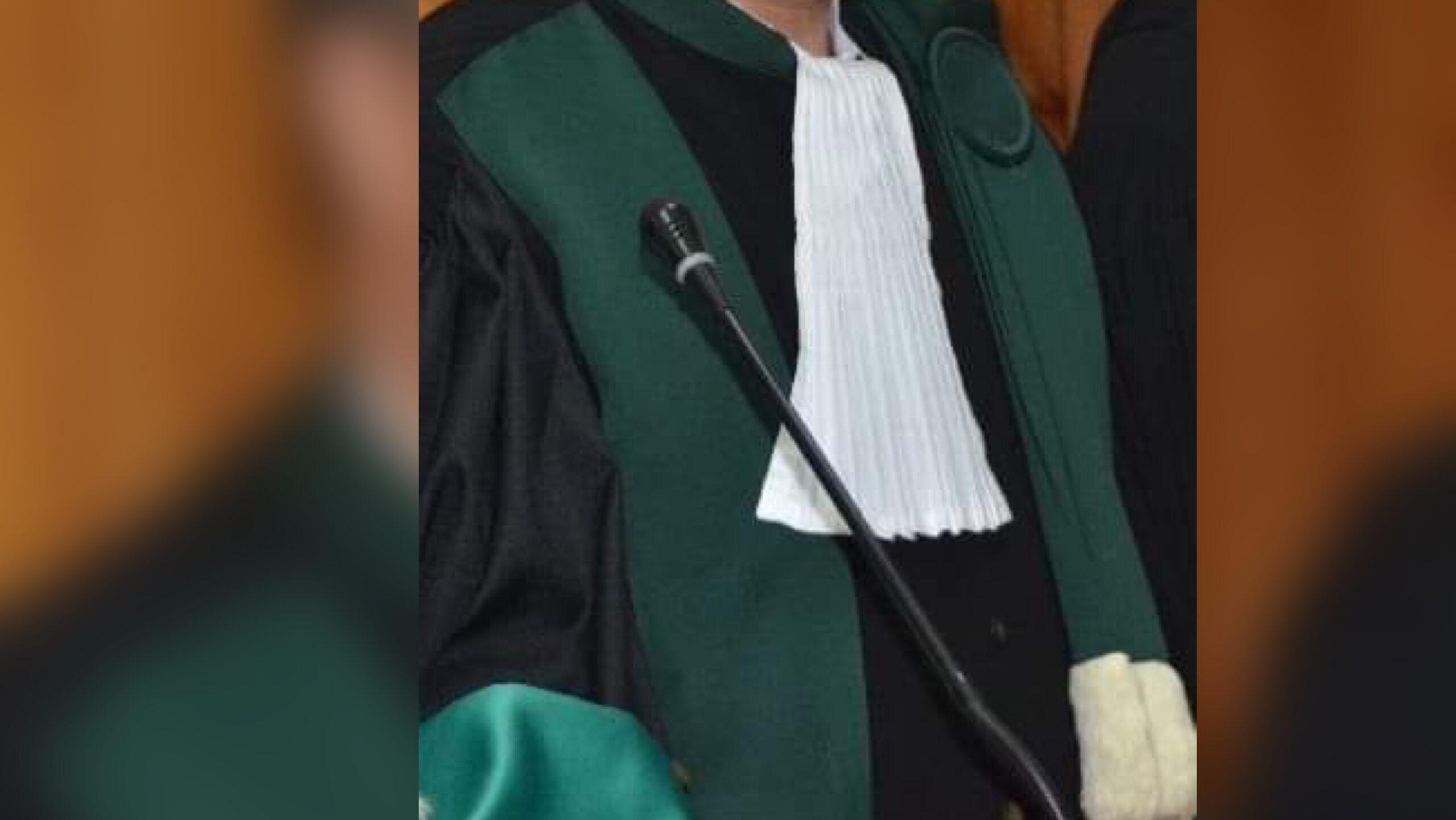 صورة ضبط نائب وكيل الملك بمكتبه رفقة محامية في وضعية لا أخلاقية .. وكيل الملك يوضح