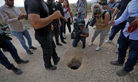 صورة جيش الاحتلال يعتقل أقارب الأسرى الهاربين من السجن