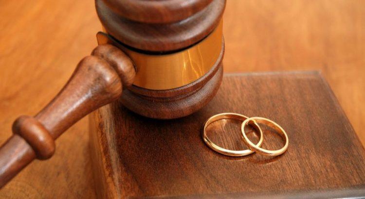 """صورة تقرير رسمي يكشف استفحال الطلاق عند النساء """"الأربعينيات"""" في المغرب"""