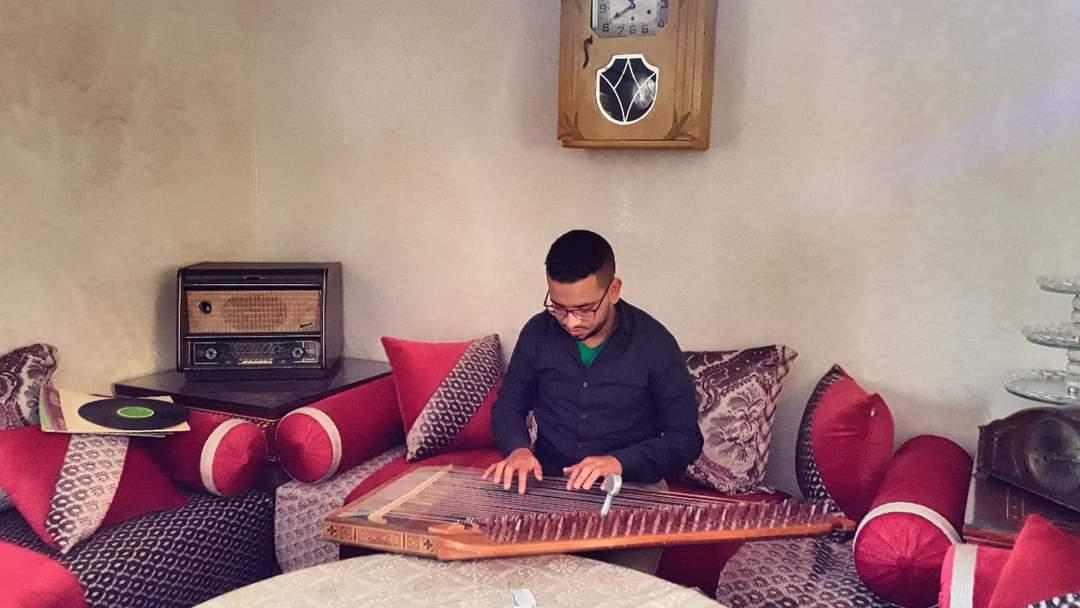 """صورة بورتريه : """"رضوان بوطالب"""" مؤلف موسيقي سوسي يطرق أبواب العالمية"""